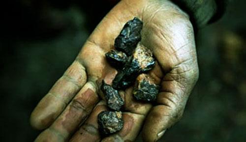 Photo of Afrikalı İnsanlar Batarya Uğruna Tehlike İçinde Çalışıyorlar